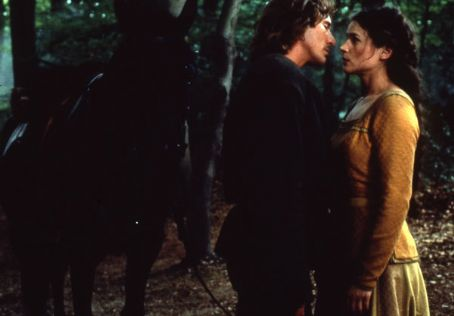 Guinevere Julia Ormond and Richard Gere in First Knight (1995)