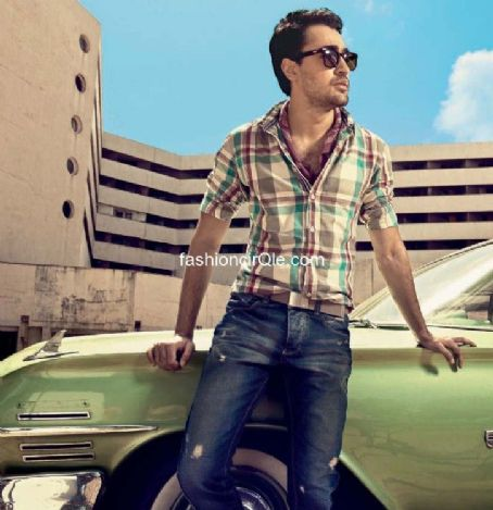 Imran Khan - Filmfare Magazine Pictorial [India] (1 August 2012)