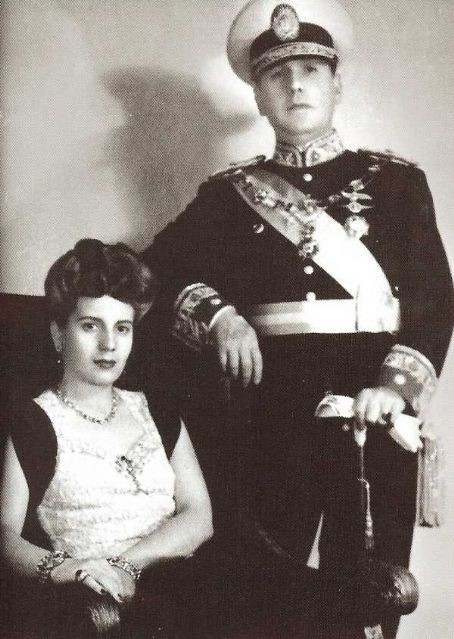 Eva Perón - Juan and Eva Peron Official Photograph