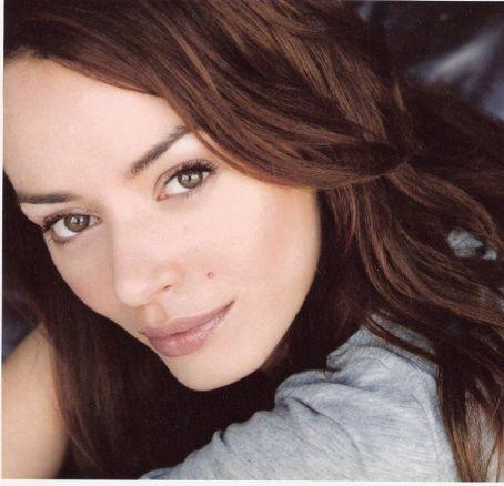 Ana Cristina de Oliveira - waw3s1j0v9m30j93