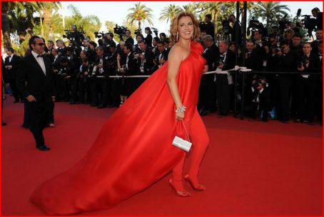 Natacha Amal Celebrities walk the red carpet for the 'Los Abrazos Rotos' premiere at the 62nd International Cannes Film Festival, May 19, 2009