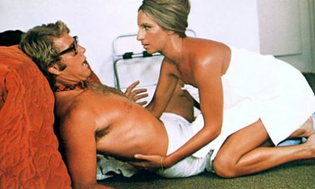 Ryan O´Neal and Barbra Streisand in What´s Up Doc? (1972)
