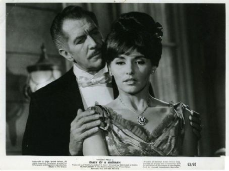 Nancy Kovack - Vincent Price