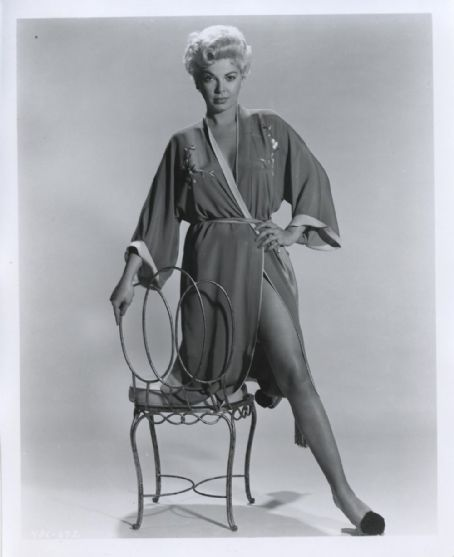 Photo of Barbara Nichols