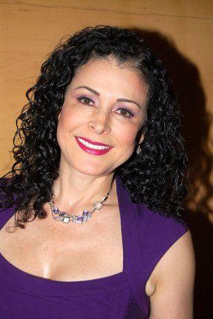Lourdes Munguía Lourdes Munguía