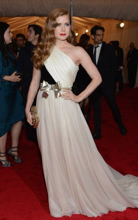 Amy Adams' Night at the 2012 Met Gala