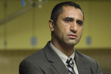 Cliff Curtis Crossing Over (2009)