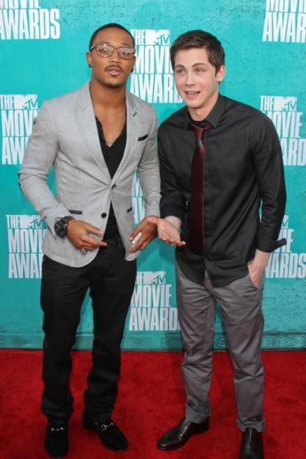 Logan Lerman MTV Movie Awards 2012