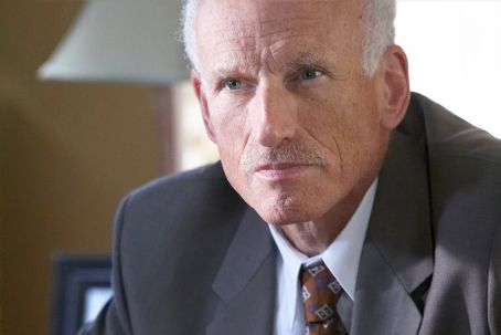 James Rebhorn  star as Dr. Lance Pryce in thriller mystery 'Don McKay'