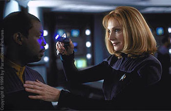 LeVar Burton  and Gates McFadden in Star Trek: Insurrection