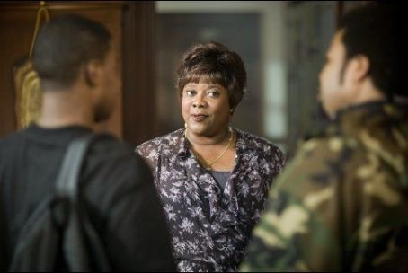 Loretta Devine First Sunday (2008)