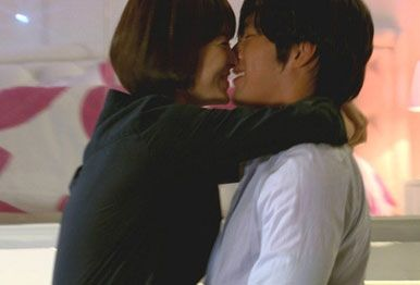 Hyun Bin and Song Hye Gyo Are Dating!!!