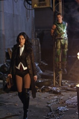 "Serinda Swan ""Smallville"" (2001)"