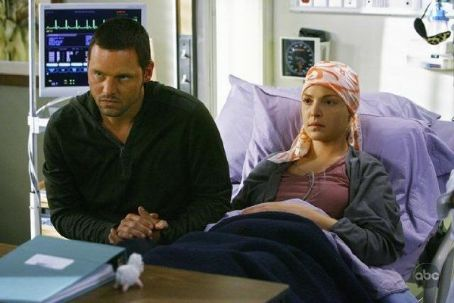 "Katherine Heigl and Justin Chambers - ""Grey's Anatomy"" (2005)"