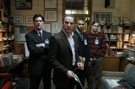 "Mandy Patinkin ""Criminal Minds"" (2005)"