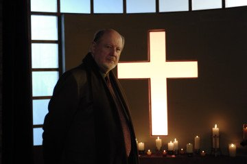 David Ogden Stiers The Dead Zone (2002)