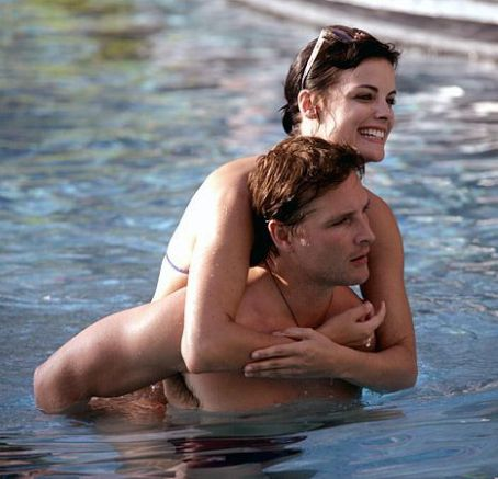 Jaimie Alexander Wears Bikini, Peter Facinelli Goes Shirtless in Mexico
