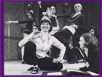 Coco Katharine Hepburn And The Cast In The Musical ''coco''