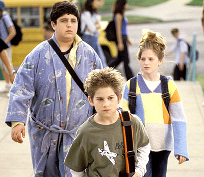 Josh Peck, Alex D. Linz and Zena Grey in Disney's Max Keeble's Big Move - 2001