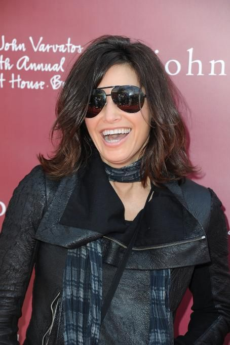 Gina Gershon - 8 annual John Varvatos Stuart House benefit at John Varvatos Los Angeles on March 13, 2011 in Los Angeles, California