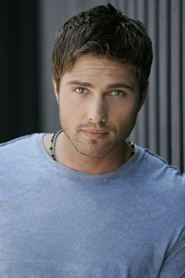 Eric Winter - Viva Laughlin (2007)