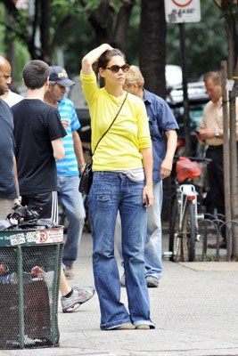 Katie Holmes Shopping on Katie Holmes Shopping At Chelsea Market In New York City  July 31