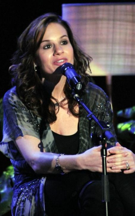 Kara DioGuardi: Sued Over Car Crash