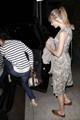 Taylor Swift - MAY 25 - LEAVING THE GIORGIO BALDI RESTAURANT IN LOS ANGELES, CALIFORNIA