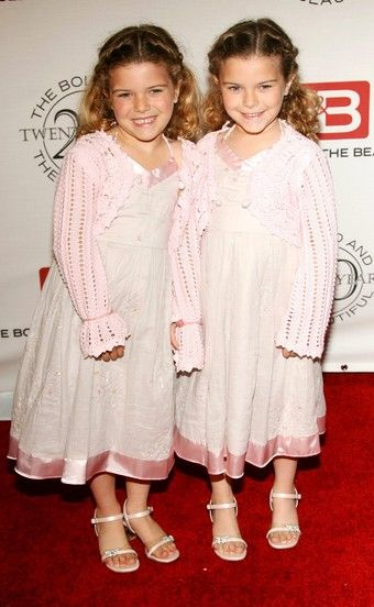 Rachel Pace Rachel and her twin sister Amanda at the 20th Anniversary of The Bold and The Beautiful