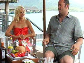 'Couples Retreat' Stars Vince Vaughn And Malin Akerman Like Strong Drinks