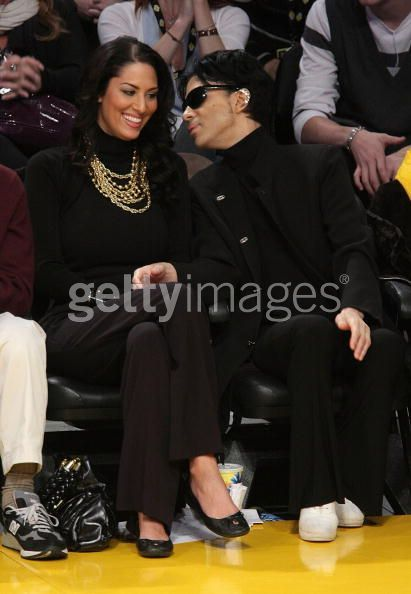 Prince and Bria Bria valente and Prince lakers game