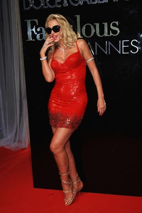 Valeria Marini - The Dolce & Gabbana Party - The Le Baoli, Port Canto During The 62 Annual Cannes Film Festival In Cannes, France 2009-05-22